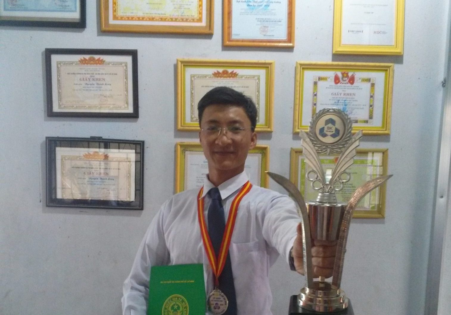 Student 01: Scholarship & Achievement